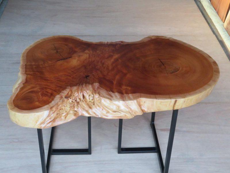 ケヤキ 天然木丸テーブル(KE-003) 価格;150,000(円)