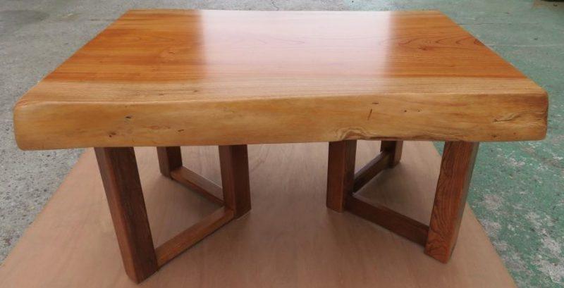 ケヤキ 天然木小テーブル(KKE-005) 価格;55,000(円)