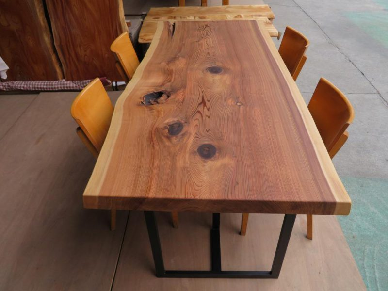 スギ 一枚板テーブル(SUO-003) 価格;240,000(円)