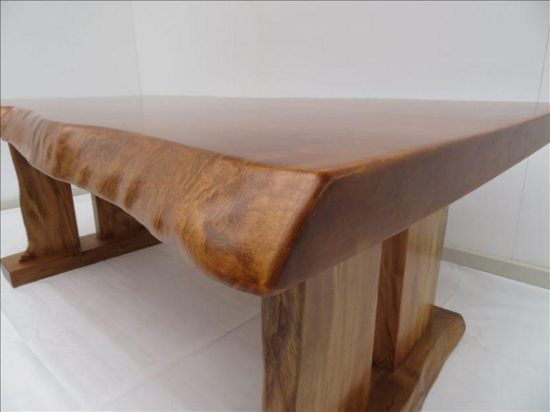 トチ 一枚板テーブル (TOC-007)  価格;450,000円