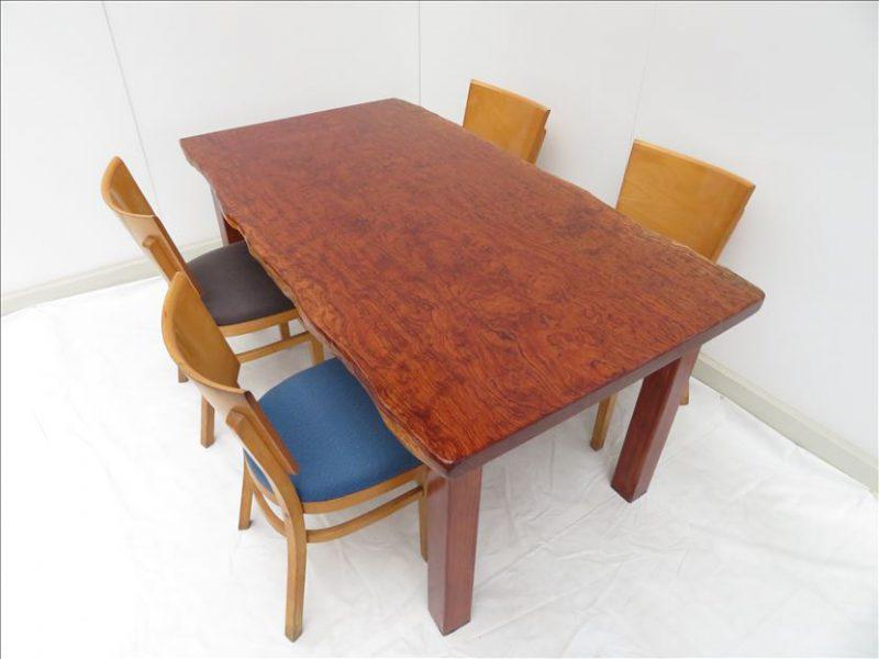 ブビンガ 一枚板テーブル(BU-003)  価格;280,000(円)