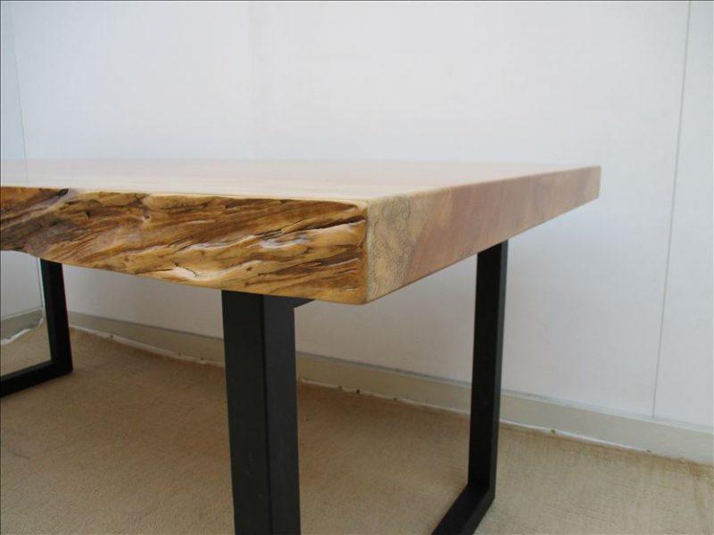 トチ 一枚板テーブル (TO-009)  価格;550,000円