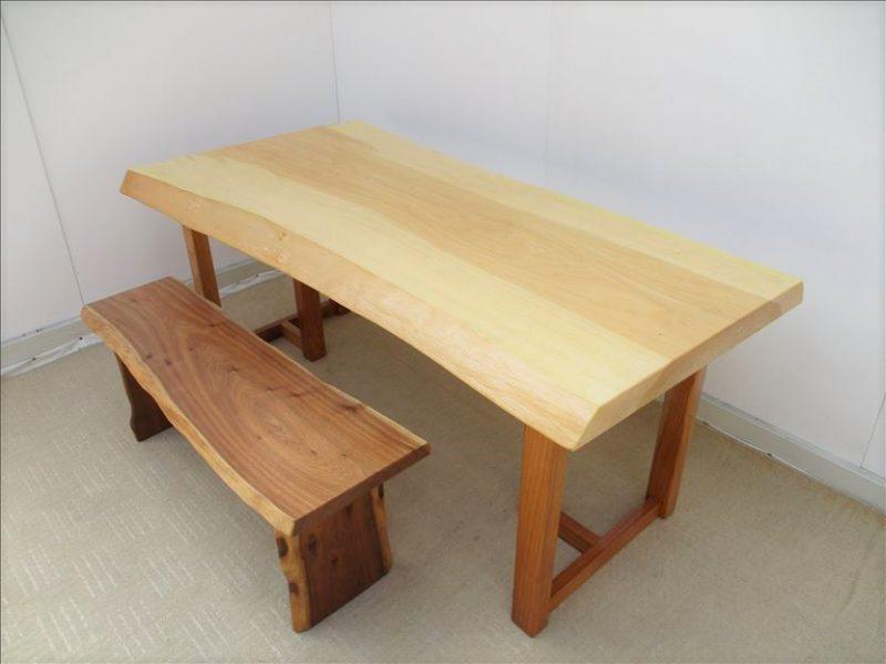 イチョウ 一枚板テーブル (ICU-002)  価格;280,000円